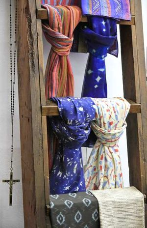 Platform York Ermie scarves